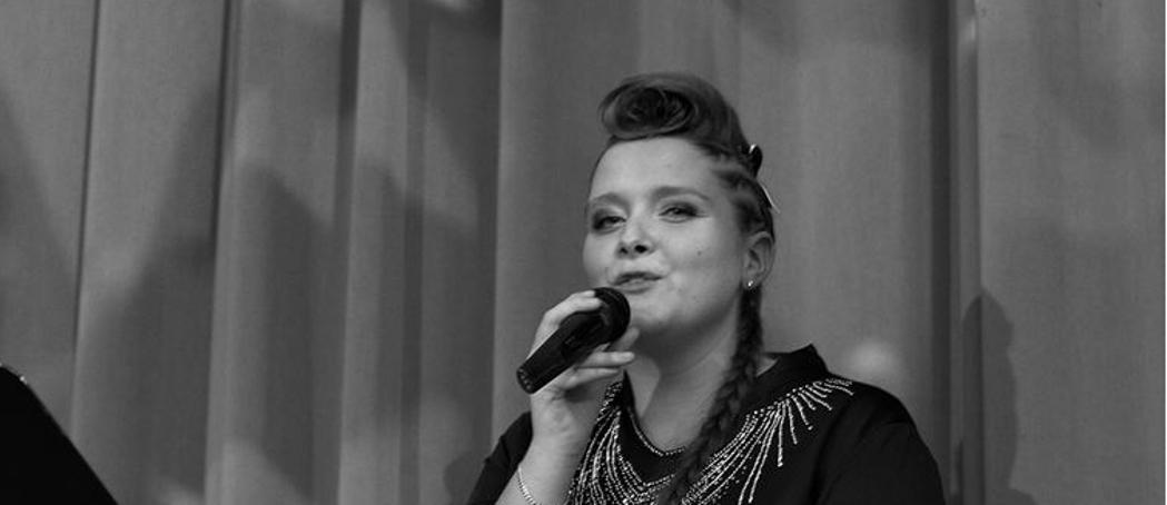 Für Sie singt Sandra Patsis auch auf Ihrem Event. Ganz egal ob Firmenfeier, Hochzeit, Geburtstag, Taufe, Konfirmation, Kommunion oder Beerdigung.